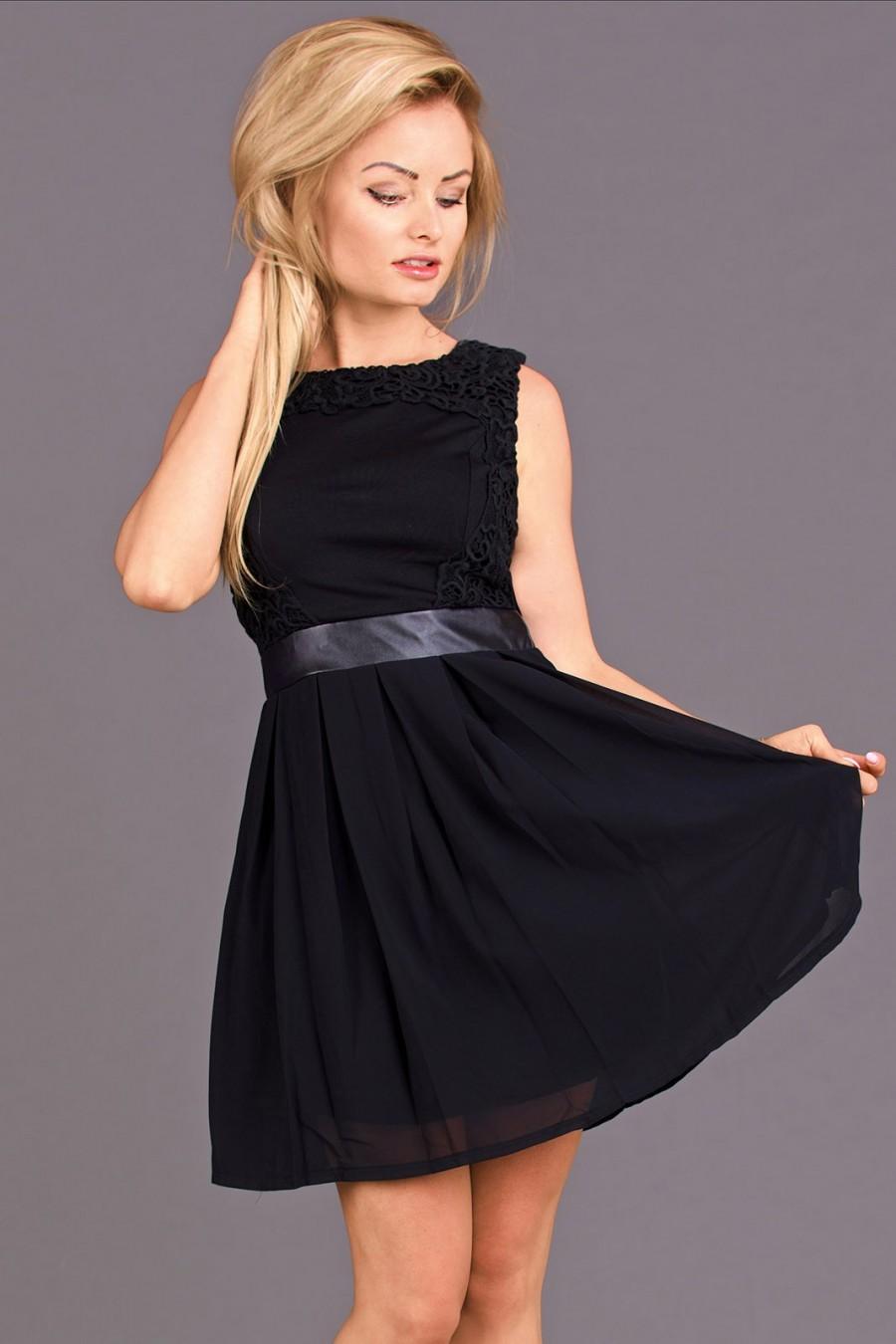 Koktejlové šaty 359