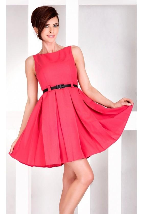 Dámske šaty s opaskom 2900