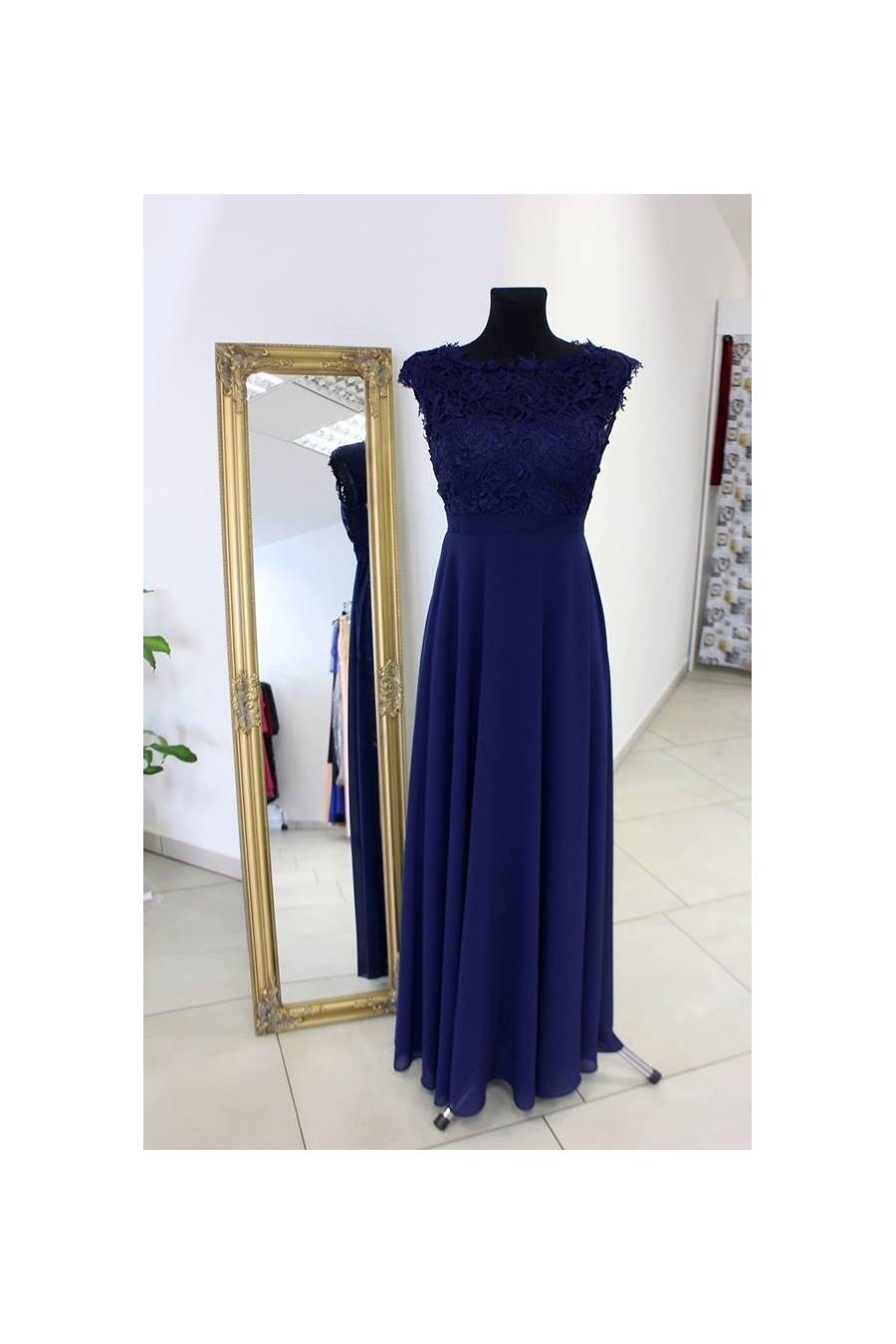 Nádherné spoločenské šaty s čipkou 3093