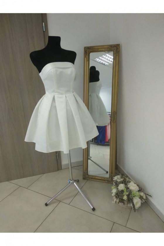 Krásne dámske šaty 3256