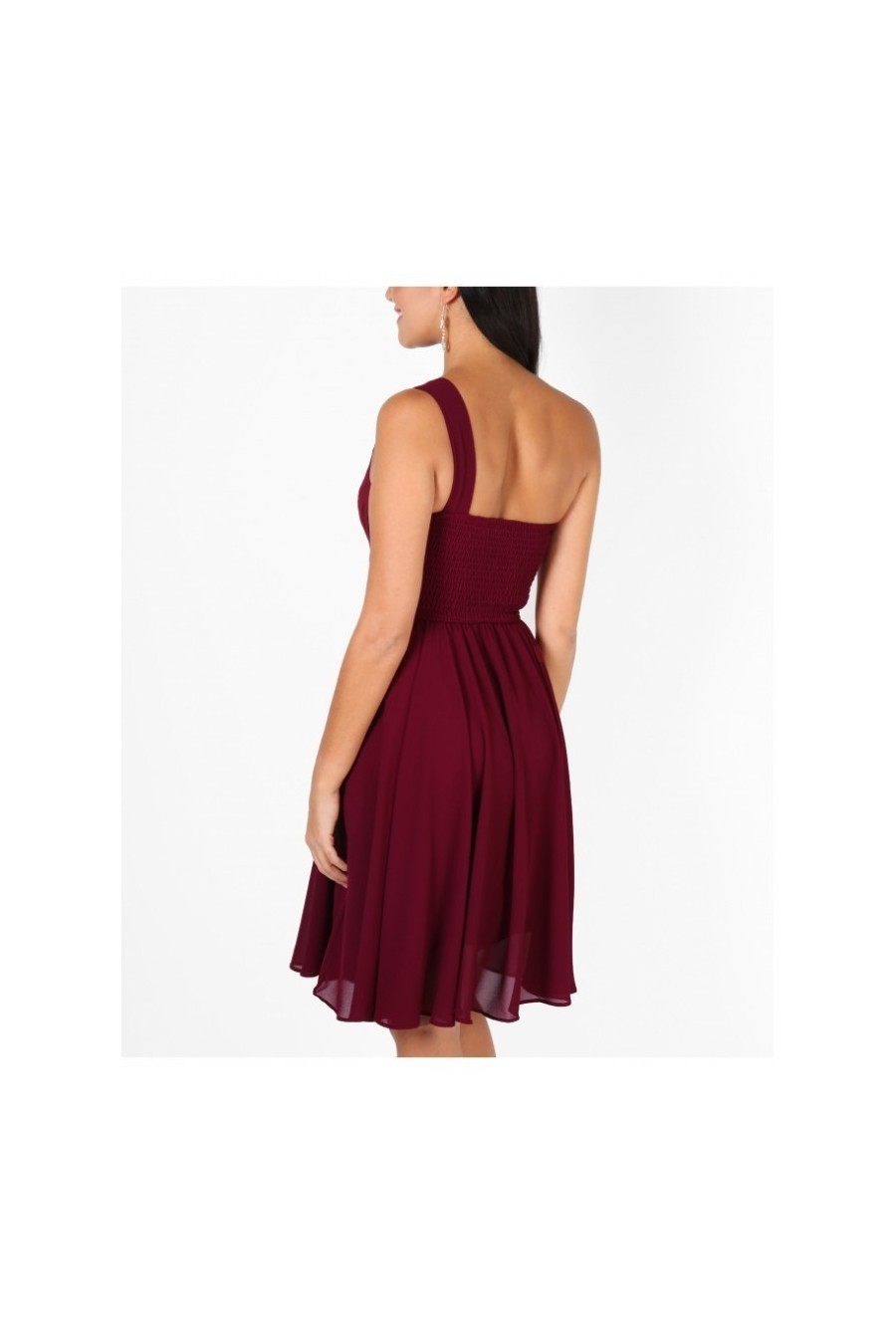 Dámske šaty na rameno 3383