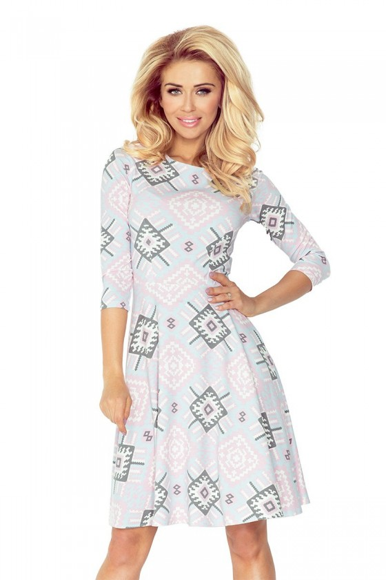 Rozšířený šaty s 3/4 rukávem - jasně růžová 49-16
