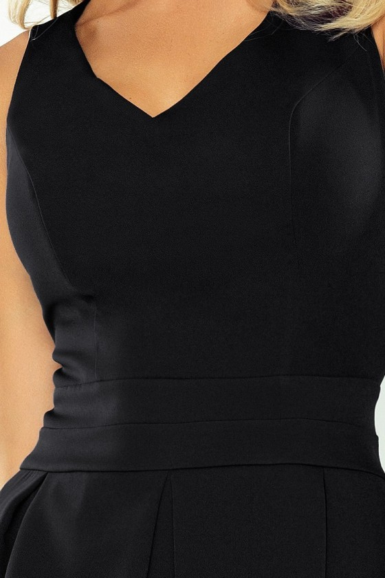 Šaty s výstřihem a kapsami - cerná 160-1