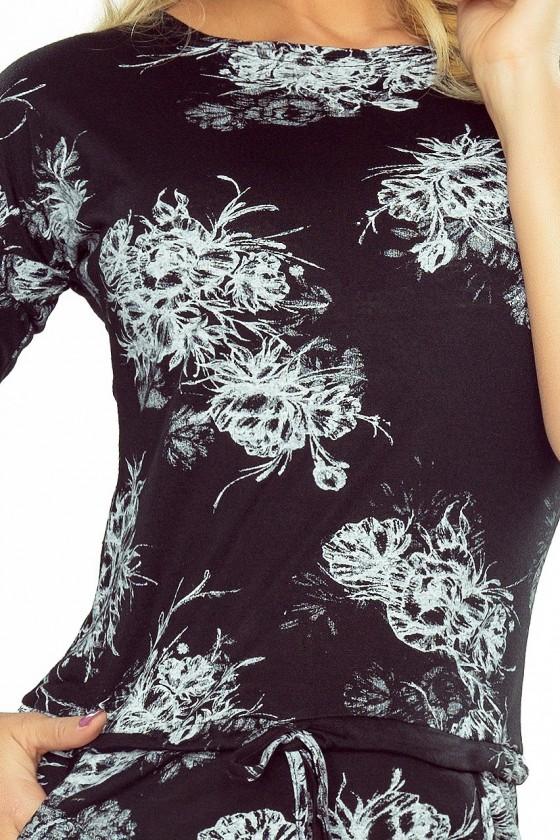 186-1 Sportovní šaty s 3/4 rukávy - bílé květy na černém pozadí