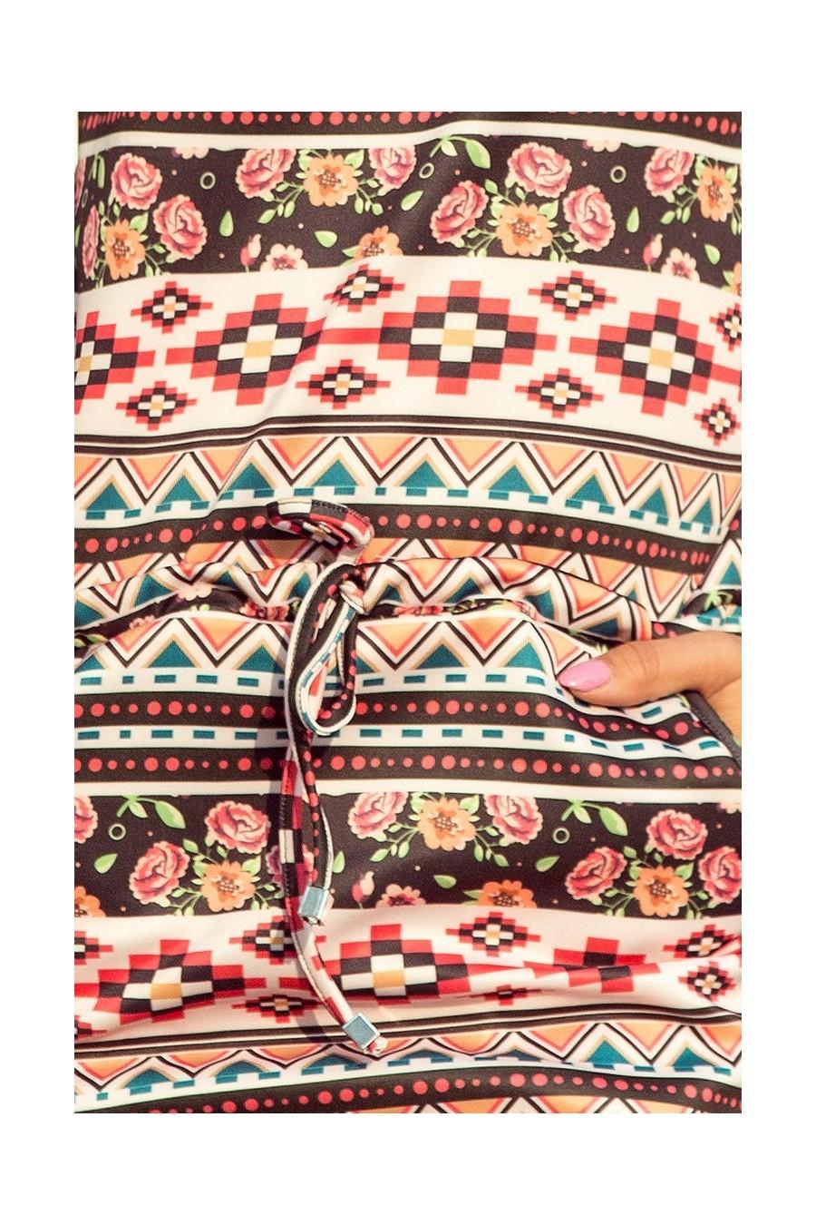 13-94 Sportovní šaty - pruhy + květy