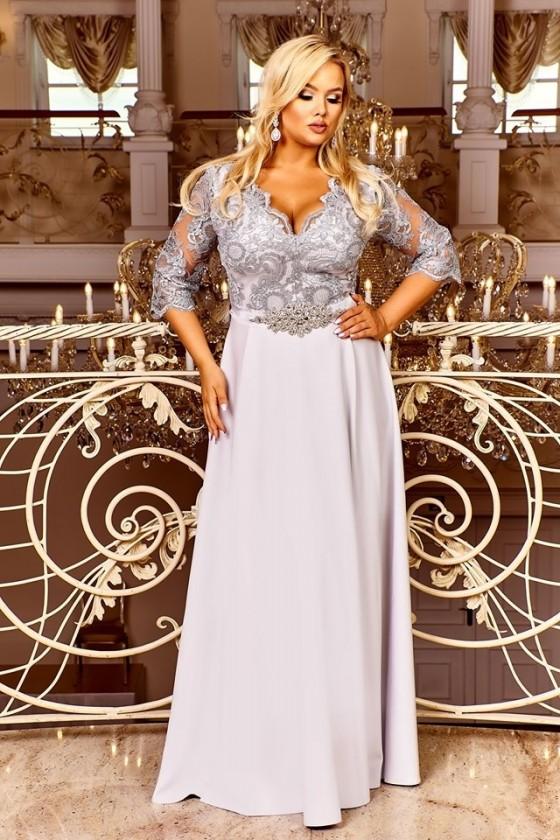 Pôvabné dámske šaty aj pre moletky 4157