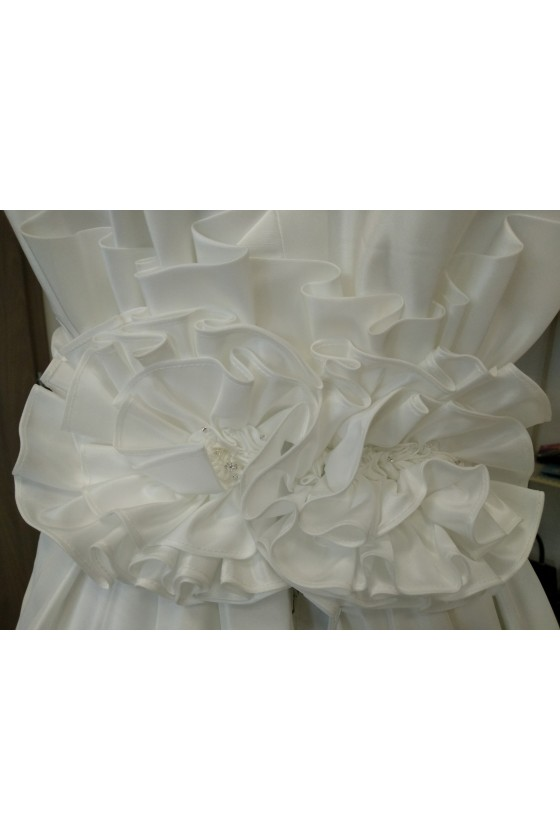 Svadobné šaty na zips