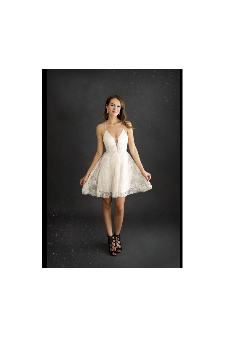 Dámske šaty na šnurovanie 3392