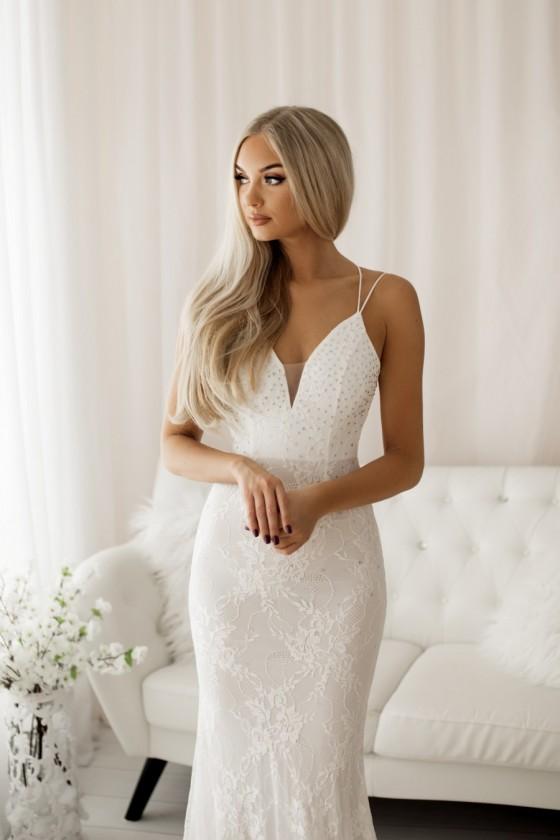 Pôvabné čipkované svadobné šaty 30064