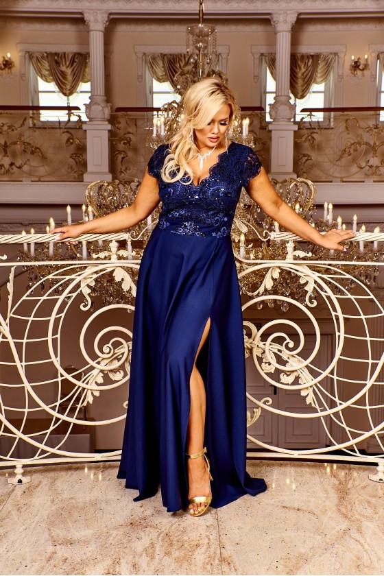 Nádherné dámske šaty 3394