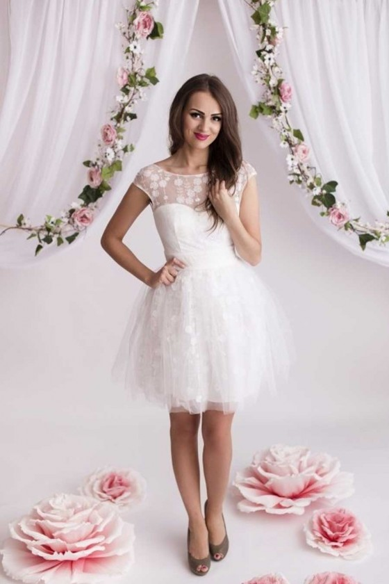 Nádherné biele šaty 3196