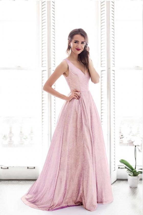 Prekrásne spoločenské šaty...