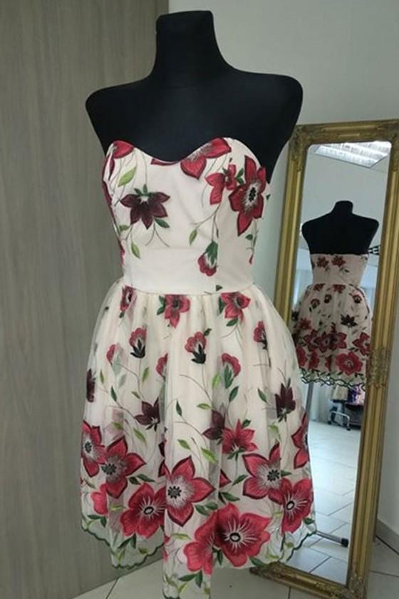 Nádherné šaty s kvetovým vzorom 3198